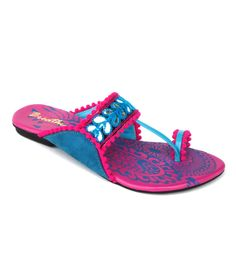 1633296186e 38 Best Ethnic footwear for you! images