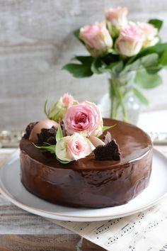 Chic, chic, chocolat...: Musik, le gâteau d'anniversaire chocolat et vanille