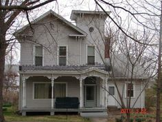 victorian porch with no roof   Trim Colors for an Italianate Beauty