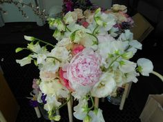 Boquet with sweet peas, peonies and garden roses. Just beautiful for a spring wedding #bouquets #Natchez