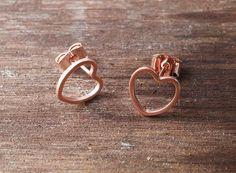 http://de.dawanda.com/product/91417947-roseheart---rosevergoldete-ohrstecker