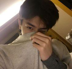 Cute Asian Guys, Asian Boys, Cute Guys, Korean Boys Ulzzang, Ulzzang Boy, Song Wei Long, Youtube Design, Cute Actors, Boyfriend Material