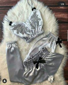 Lingerie Bonita, Jolie Lingerie, Lingerie Outfits, Pretty Lingerie, Women Lingerie, Cute Sleepwear, Sleepwear Women, Lingerie Sleepwear, Pajamas Women