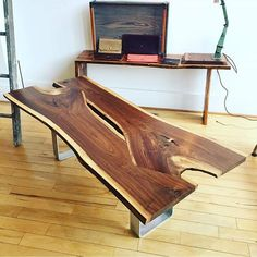 What do you think about this beauty from @woodwaterproject? . . #woodworkforall #dowoodworking #woodwork #woodworking #wood #woodturning #woodporn #glass #river #kitchentable #rusticdecor #rustic #crafting #table #likesforlikes #like4like #ryobination #rigidnation #dewalt #craftsman #handmade #custommade #utah #bench #coffeetable #coffee #log #likesforlikes #metalwork