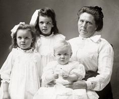 Belle Gunness (1859-?), Serial killers in history