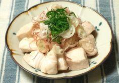 この夏注目の「水晶鶏」。作り方はとっても簡単ながら、驚きのつるりん新食感がやみつきに!ぜひお試しあれ