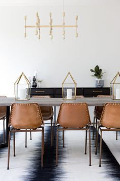 The best and easiest modern dining room chairs cheap that look beautiful Dining Room Wall Decor, Dining Room Lighting, Dining Room Sets, Dining Room Design, Dining Room Furniture, Table Lighting, Modern Lighting, Furniture Sets, Lighting Uk