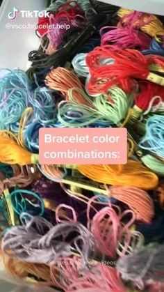 Diy Bracelets Patterns, String Bracelet Patterns, Yarn Bracelets, Diy Bracelets Easy, Summer Bracelets, Bracelet Crafts, String Bracelets, Diy Friendship Bracelets Tutorial, Friendship Bracelets Designs