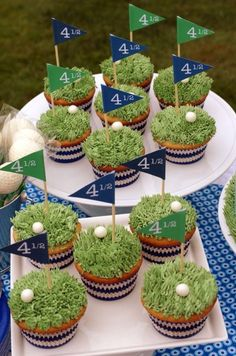 Golf cupcakes featured on Sweeney Catching My Party using our Rugby Stripe Blue cupcake liners from Sweets & Treats Boutique! - this is a great website for party ideas! Golf Cupcakes, Blue Cupcakes, Cupcake Cakes, Party Cupcakes, Themed Cupcakes, Party Cups, Wedding Cupcakes, Mademoiselle Cupcake, Party Fiesta