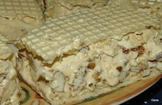 Rețetele Familiei: Halvita cu Migdale/Almond Nougat Romanian Desserts, Romanian Food, Honey Recipes, My Recipes, Cooking Recipes, No Bake Desserts, Dessert Recipes, Dessert Ideas, Butter Pecan Cake