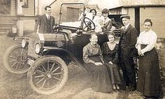 1910 Lake Mills WIS Real Photo Postcard Family Auto2 - See more at: http://s90.photobucket.com/user/red_coyote_mjc/media/LL%20COOK%20POSTCARD%20PHOTOS/1f02.jpg.html?sort=3=254#sthash.FlmYWVHc.dpuf