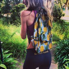 Freelee the banana girl! Cute back pack Badass Style, Style Me, Freelee The Banana Girl, Fitness Goals, Fitness Motivation, Girl Fashion, Boho, Cute, Veganism