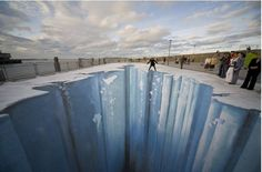 http://news.yahoo.com/photos/dynamic-3d-art-slideshow/june-15-2012-photo-released-national-geographic-visitor-photo-160029751.html