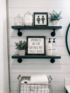 Bauernhaus Badezimmer Dekor und Ideen - Bathroom Ideas Farmhouse Bathroom Decor and Ideas - Bathroom Ideas - decoration Cheap Home Decor, Diy Home Decor, Decor Crafts, Wooden Bed Frames, Diy Bathroom Decor, Bathroom Organization, Bathroom Furniture, Bathroom Cabinets, Bathroom Interior