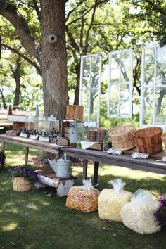 Popcorn bar Style Me Pretty    http://www.stylemepretty.com/gallery/#picture/780589/