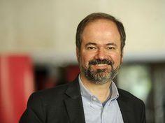 Juan Villoro recibirá el premio José Emilio Pacheco :: El Informador  |  http://www.informador.com.mx/cultura/2015/625406/6/juan-villoro-recibira-el-premio-jose-emilio-pacheco.htm