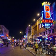 Travel and Leisure.                                    America's Favorite Cities 2013.