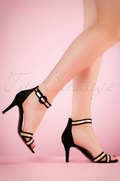 30s Mary Jane Pumps in Black and Gold