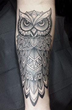 Resultado de imagen para line and dots owl tattoo