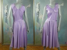 31d0bfda6b5f1 70s Disco Dress, Lilac Polyester Satin Sleeveless Slip-On Party Dress, Light  Purple Goddess Dress: Size 12/14 US, Size 16/18 UK