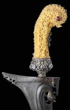 Royal Kris with Diamond & Ruby-Inlaid Ivory Hilt - Michael Backman Ltd Swords And Daggers, Knives And Swords, Indonesian Art, Knife Art, Cold Steel, Black Opal, Blade, Ivory, Carving