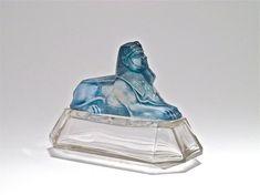 Bottle of perfume in 1919 Ramses Sphinx D'Or
