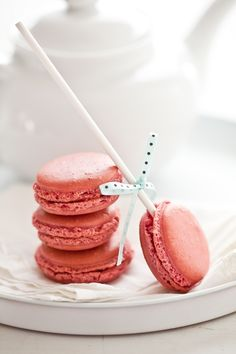 I had my first french Macaroon today!!!! It was a Raspberry macaroon!!! It was better than I imagined!!!! I got a chocolate one to go ;}
