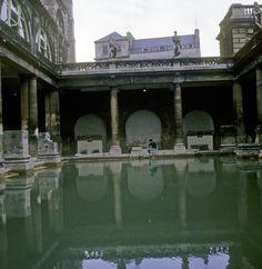 Roman Bath 3, I'm about to take my bath.