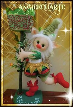 mold d noel dormilon Holiday Ornaments, Christmas Decorations, Holiday Decor, Christmas Craft Projects, Elves And Fairies, Foam Crafts, Soft Dolls, Fabric Dolls, Christmas Home