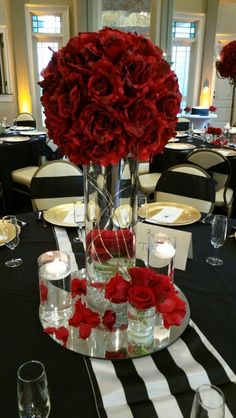 9.5.15 wedding decor by Heavenly Engagements