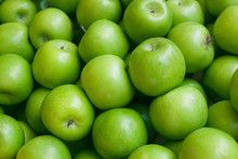 Green apple background.