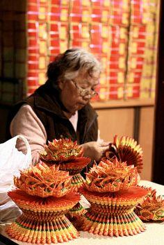 Folding paper offerings, Tainan Ji Dian Wu Temple, #Taiwan 台南 祀典武廟