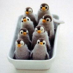 felted penguins ♥ inspiration (From the Japanese book: Little Things Made of Felt Wool here) http://www.feltcafejapan.com/japanese-craft-guide/2009/3/5/isbn-9784834727432-little-things-made-of-felt-wool.html