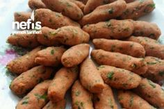 Tam Ölçülü Mercimek Köfte Tarifi Turkey Legs, Recipe Mix, Soup And Salad, Allrecipes, Sweet Potato, Deserts, Food And Drink, Potatoes, Pasta