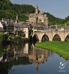 Estaing, Aveyron, Midi-Pyreneeën, www.luxetent.nl/frankrijk