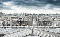 El artista JR fotografió a un grupo de bailarines de ballet a unos 50 m por encima de París | The Creators Project