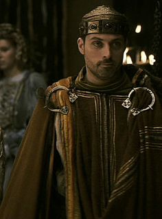 Rufus Sewell: tristan and isolde movie costumes