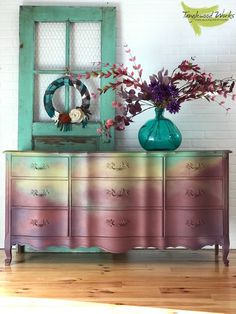 Tanglewood Sue's latest upcycled creation and her first time using @dixiebellepaint. Check out this fun DIY home project tutoril #repurpose #recycle #DIY Decor, Furniture Diy, Interior Design Diy, Diy Furniture, Rustic Living Room Furniture, Home Decor, Shabby Chic Furniture, Vintage Furniture, Farmhouse Furniture