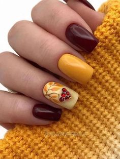 Amazing Fall Nails Colors With An Accent Leafy Nail Fallnails ; erstaunliche herbstnagel-farben mit einem akzent belaubte nagel-herbstnägel Amazing Fall Nails Colors With An Accent Leafy Nail Fallnails ; Classy Nails, Stylish Nails, Trendy Nails, Thanksgiving Nail Designs, Thanksgiving Nails, Thanksgiving Turkey, Classy Nail Designs, Fall Nail Art Designs, Fall Acrylic Nails
