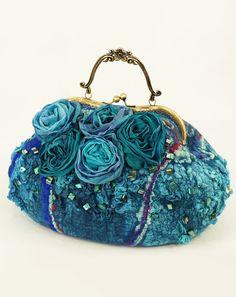 """Яркая фактурная сумка """"Скай"""", свалянная из шерсти и шелка — работа дня на Ярмарке Мастеров #felting"""