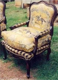 grand prix de paris bergere chair (louis XV antique replica) with amazing horse toile and checkered upholstery Poltrona Bergere, Bergere Chair, French Decor, French Country Decorating, Upholstered Furniture, Painted Furniture, Porch Furniture, Chair Upholstery, French Furniture
