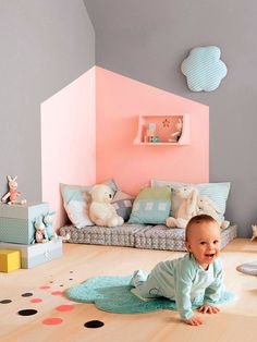 Después de un breve parón, regresa el blog con un post sobre un tema que tenía muchas ganas de tratar, la decoración en habitaciones infantiles. Y es que no hay lugar más mágico en una vivienda, que las habitaciones destinadas a los más pequeños. En estos espacios podemos dejar volar nuestra imaginación, ya que son …
