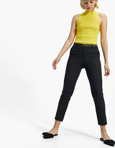 Smart trousers with belt - Trousers Capri Pants, Black Jeans, Fashion, Dress Pants, Clothing, Black, Women, Moda, Capri Trousers