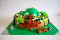 Dino cake, dinosaurus taart, jungle thema