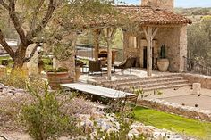 18 Stunning Patio Design Ideas in Tuscan Style - Style Motivation Veranda Design, Patio Design, Roof Design, Exterior Design, Terrace Design, Tile Design, Rustic Patio, Rustic Outdoor, Rustic Farmhouse
