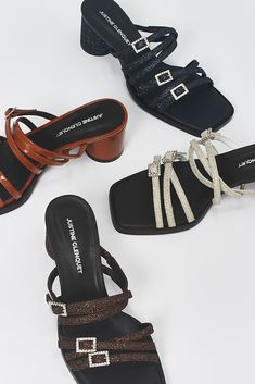 The Jane Sandals from the Justine Clenquet fall/winter '20 collection. #90sshoes #justineclenquet #sandals #fashion 90s Shoes, Hardware Jewelry, White Boots, Women's Sandals, Shoe Shop, Jewelry Branding, Everyday Look, Shoe Collection, Patent Leather