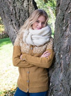 Kan strikkes i økologisk ull, og baby alpakka. Nest, Shorts, Knitting, Fashion, Threading, Moda, Tricot, Fashion Styles, Stricken