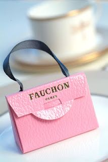 SWEET Pink bags... and Jackie O... great goodie bags filled with fabulous truffles