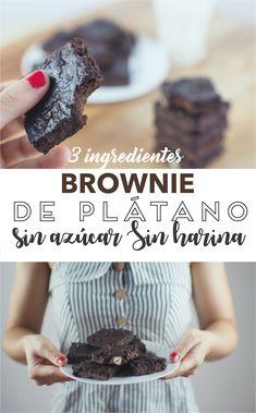 Brownie de plátano y avellanas sin azúcar y sin harina, con tan sólo 4 ingredientes.