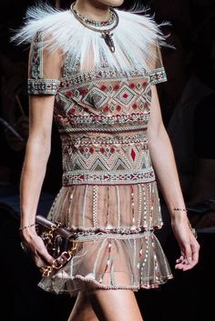 Valentino SS16 Africa inspired show - is it cultural appropriation or cultural appreciation?
